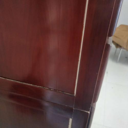 新买的实木中药柜木板开裂有裂缝应该怎么解决?